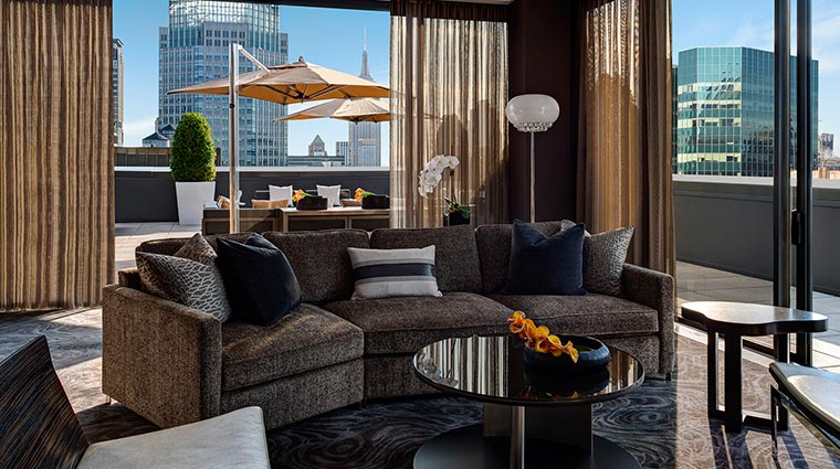 Property TheTowersAtTheNewYorkPalace Hotel GuestroomsSuites ChampagneSuiteSecondLevelTerrace CreditTheNewYorkPalace