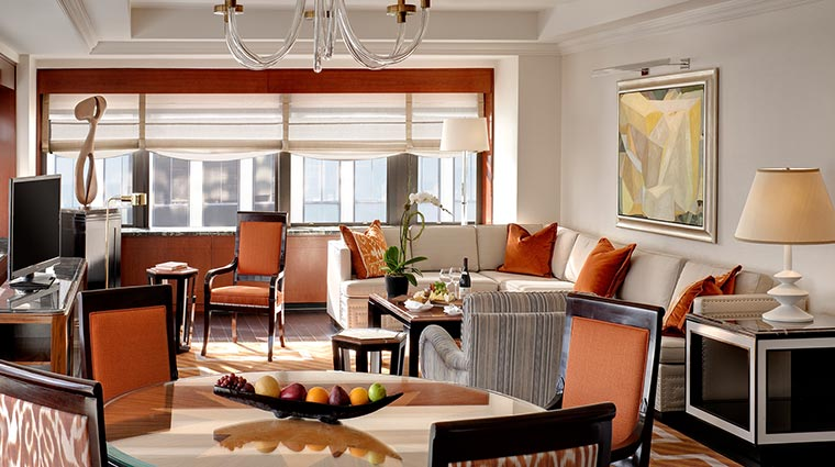 Property TheTowersAtTheNewYorkPalace Hotel GuestroomsSuites TowerCornerSuiteLivingRoom CreditTheNewYorkPalace