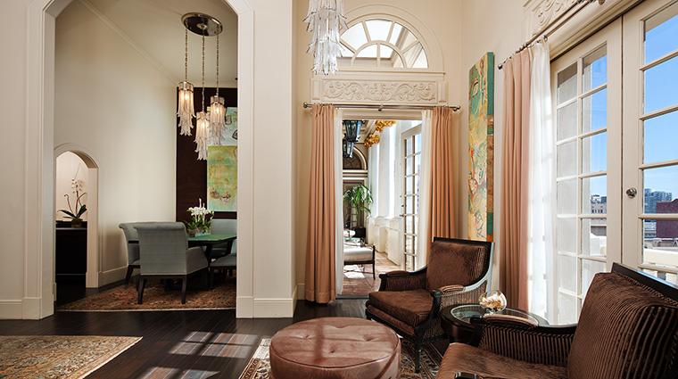 Property TheUSGrant Hotel GuestroomSuite BiLevelPresidentialSuiteSalon&DiningRoom StarwoodHotels&ResortsWorldwideInc