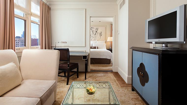 Property TheUSGrant Hotel GuestroomSuite LandmarkSuite StarwoodHotels&ResortsWorldwideInc