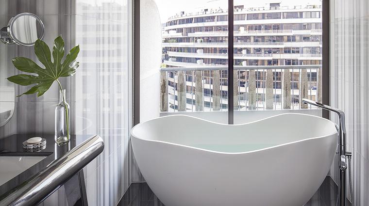 Property TheWatergateHotel Hotel GuestroomSuite PresidentialSuiteBathtub EuroCapitalProperties