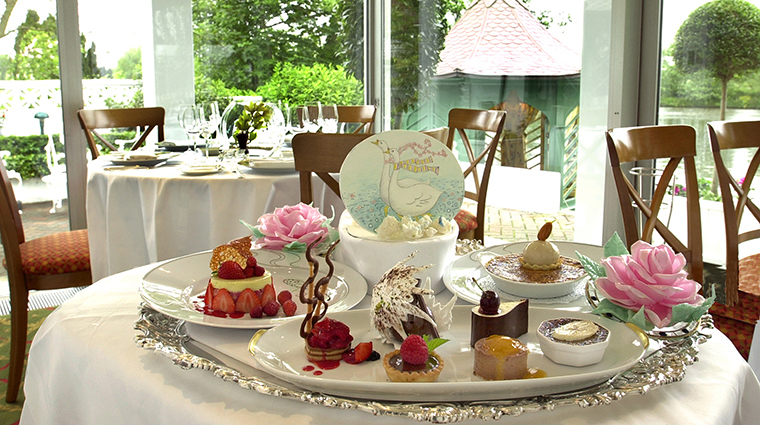 Property TheWatersideInn Hotel Dining DessertTray TheWatersideInn