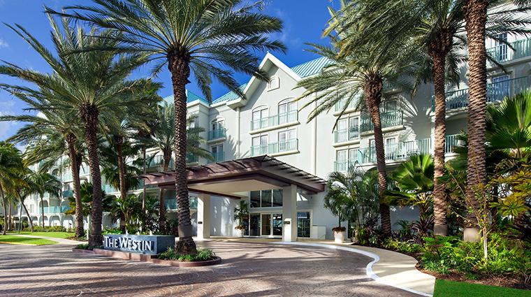Property TheWestinGrandCaymanSevenMileBeachResortandSpa Hotel Exterior FrontEntrance MarriottInternational