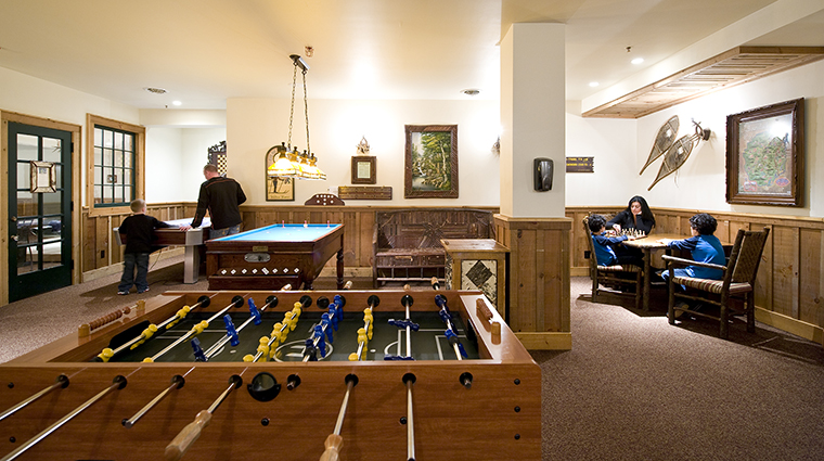 Property TheWhitefaceLodge Hotel Activities GameRoom2 TheWhitefaceLodge