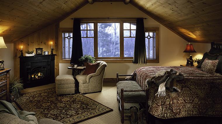 Property TheWhitefaceLodge Hotel GuestroomSuite 3BedroomSuiteMasterBedroom TheWhitefaceLodge