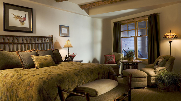 Property TheWhitefaceLodge Hotel GuestroomSuite KingGuestroom TheWhitefaceLodge
