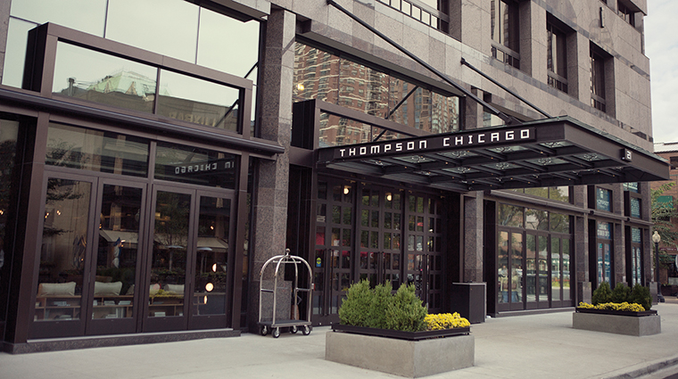 Property ThompsonChicago Hotel Exterior Entrance ThompsonHotels