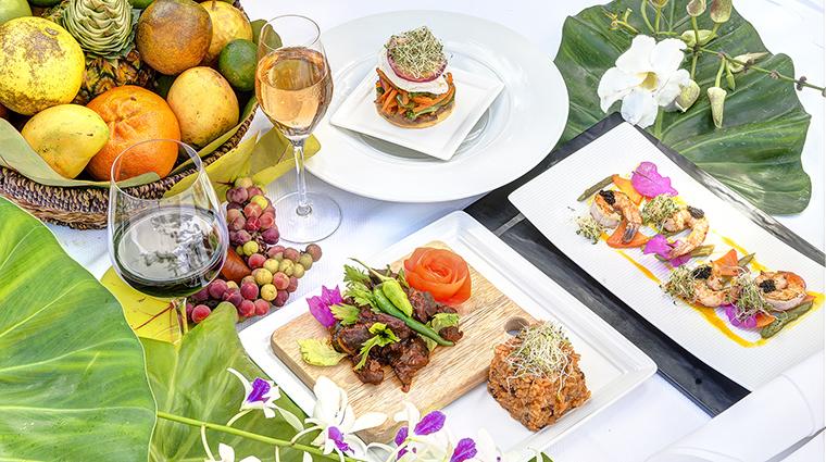Property TortugaBay Hotel Dining BambooRestaurantEntrees GrupoPuntacana
