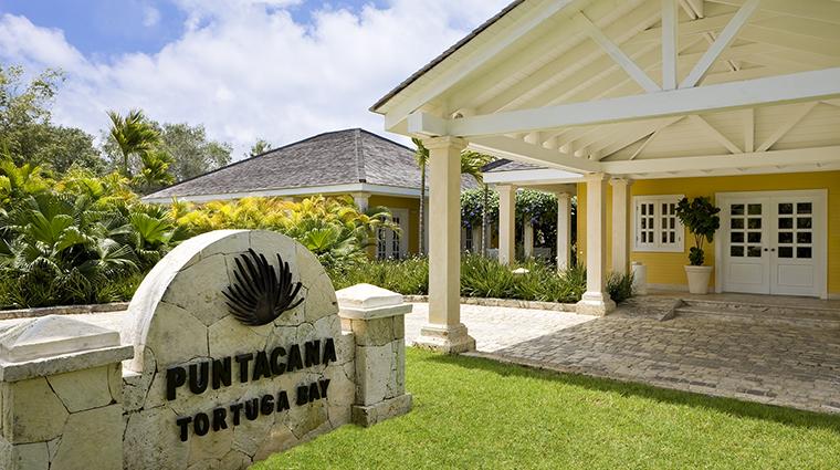 Property TortugaBay Hotel Exterior TortugaBayEntrance GrupoPuntacana