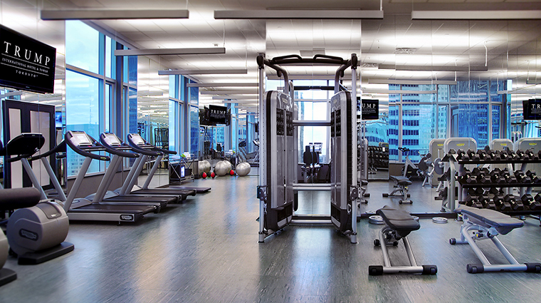 Property TrumpToronto Hotel PublicSpaces FitnessCentre TrumpHotelCollection