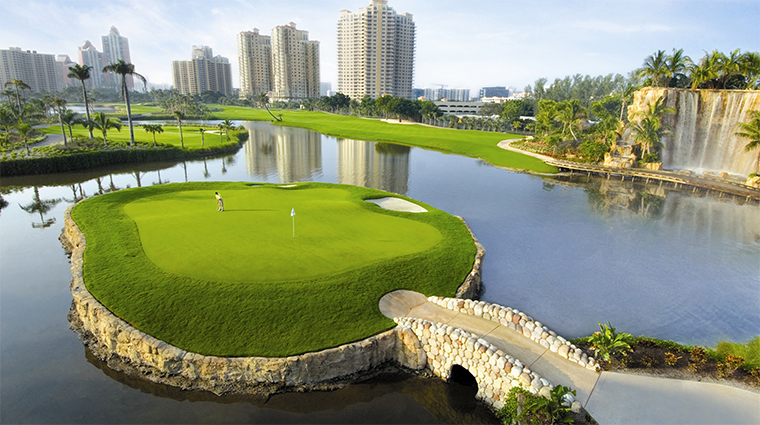 Property TurnberryIsleMiami Hotel 5 Activities 18thHoleIslandOnTheSofferGolfCourse CreditTurnberryIsle
