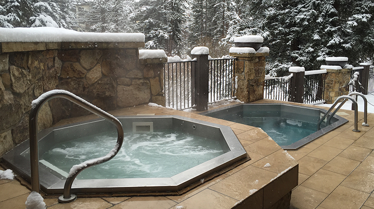 Property VailMountainLodge Hotel PublicSpaces OutdoorHotTubs VailMountainLodgeandSpa