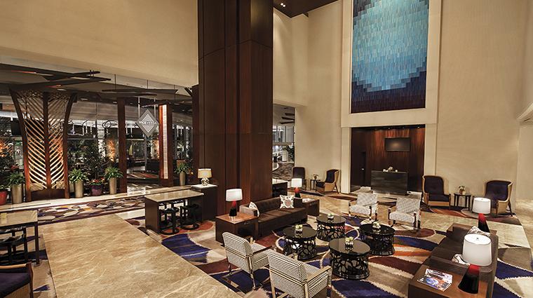 Property VdaraHotel&Spa Hotel PublicSpaces LivingRoomwithBlueArt MGMResortsInternational