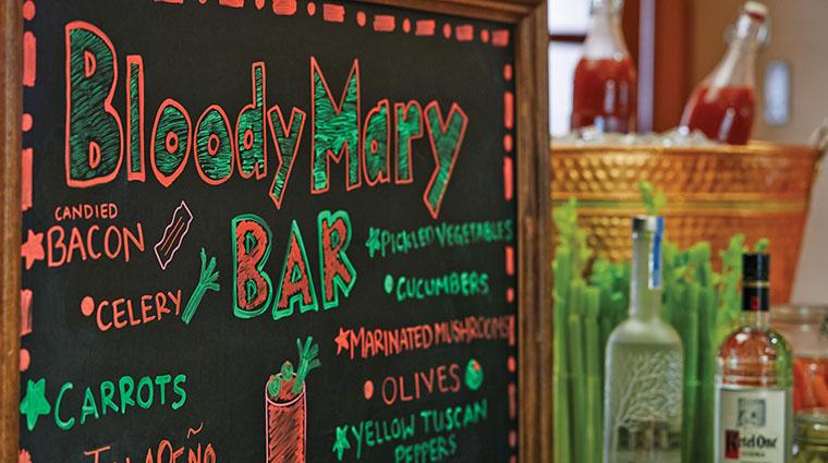 Property VerandaCucinaItaliana Restaurant Dining BloodyMaryBarSignage FourSeasonsHotelsLimited