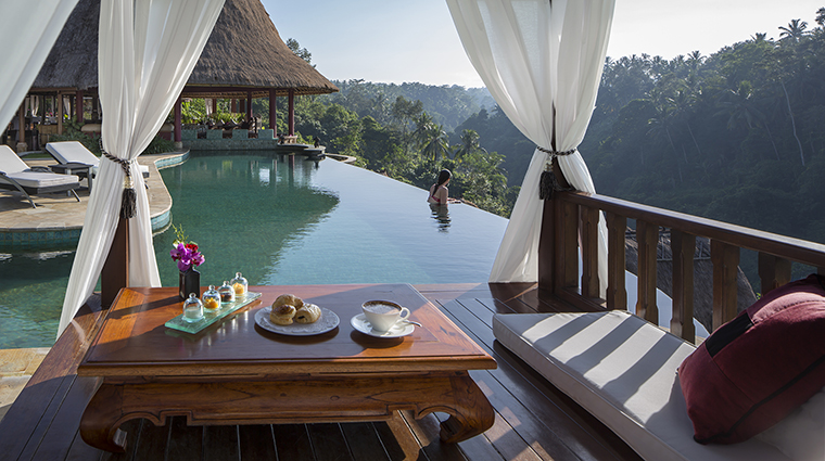 Property ViceroyBali Hotel PublicSpaces BreakfastattheMainPool ViceroyBali
