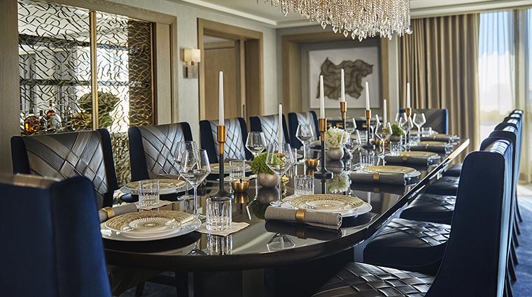 Property ViceroyLErmitageBeverlyHills Hotel GuestroomSuite PresidentialSuiteDiningRoom ViceroyHotelGroup