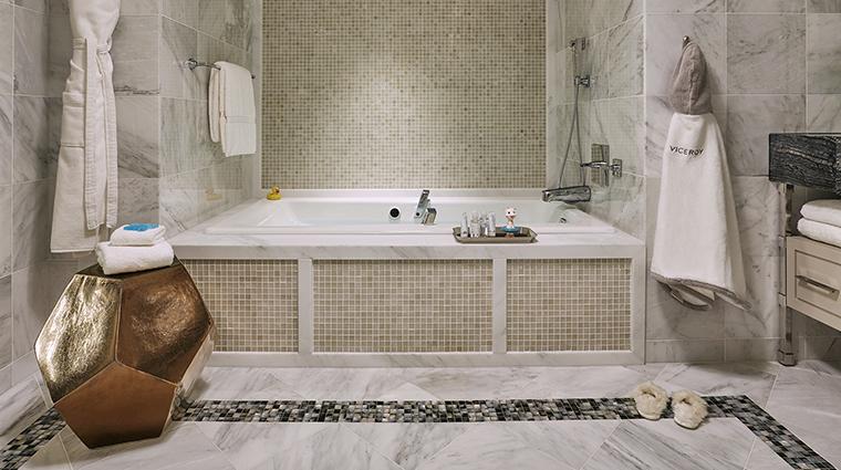 Property ViceroyLErmitageBeverlyHills Hotel GuestroomSuite RoyalSuiteBathroom ViceroyHotelGroup