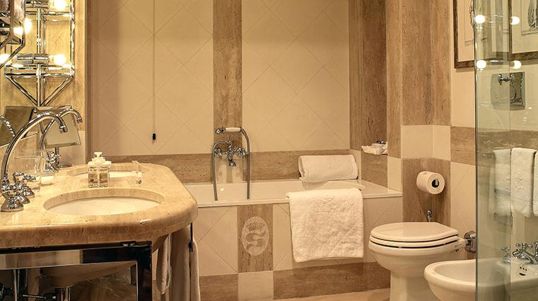 Property VillaSpallettiTrivelli Hotel GuestroomSuite Bathroom VillaSpallettiTrivelli