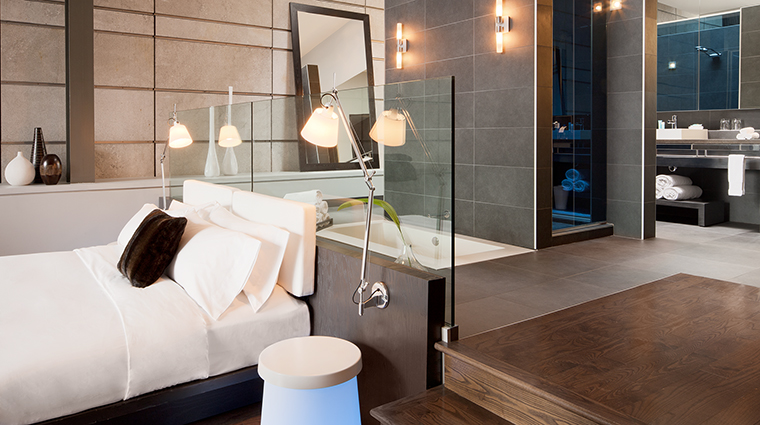 Property WMontreal Hotel GuestroomSuite ExtremeWowSuiteBedroom MarriottInternationalInc