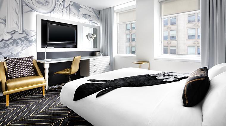 Property WMontreal Hotel GuestroomSuite SpectacularRoom MarriottInternationalInc