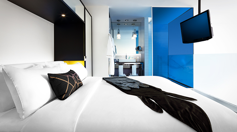 Property WMontreal Hotel GuestroomSuite WOWSuiteBedroom MarriottInternationalInc