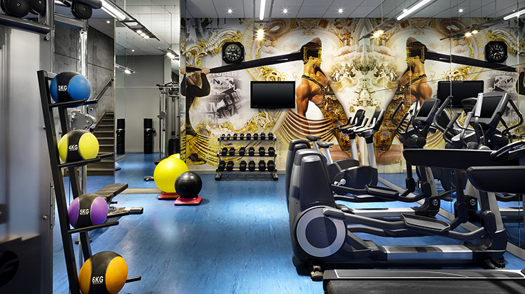 Property WMontreal Hotel PublicSpaces FitnessCentre MarriottInternationalInc