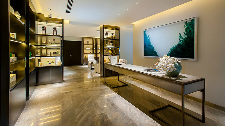 Property WaldorfAstoriaSpaBeijing Spa Reception2 HiltonWorldwide