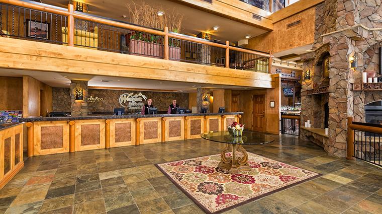 Property WestgateParkCityResortandSpa 4 Hotel PublicSpaces LobbyReceptionDesk CreditWestgateResorts