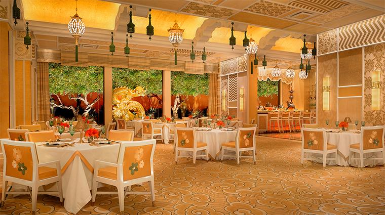 Property WingLei Restaurant 1 Style DiningRoomWithViewsOfTheBar CreditBarbaraKraft