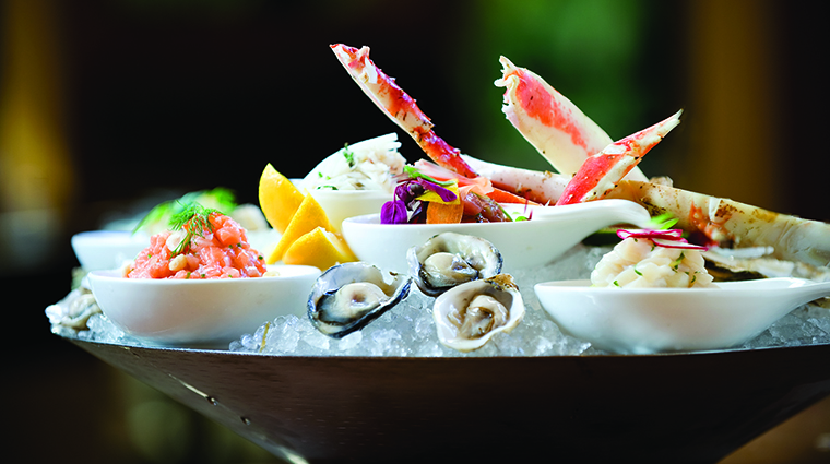 Property YEWSeafood&Bar Restaurant Dining SeafoodTowerEntree FourSeasonsHotelsLimited