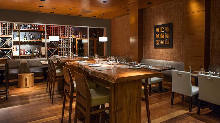 Property YEWSeafood&Bar Restaurant Dining YEWBar FourSeasonsHotelsLimited