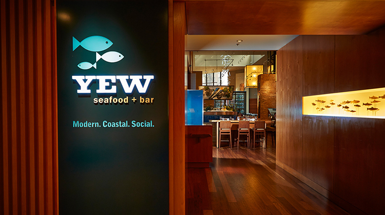 Property YEWSeafood&Bar Restaurant Dining YEWEntrance FourSeasonsHotelsLimited