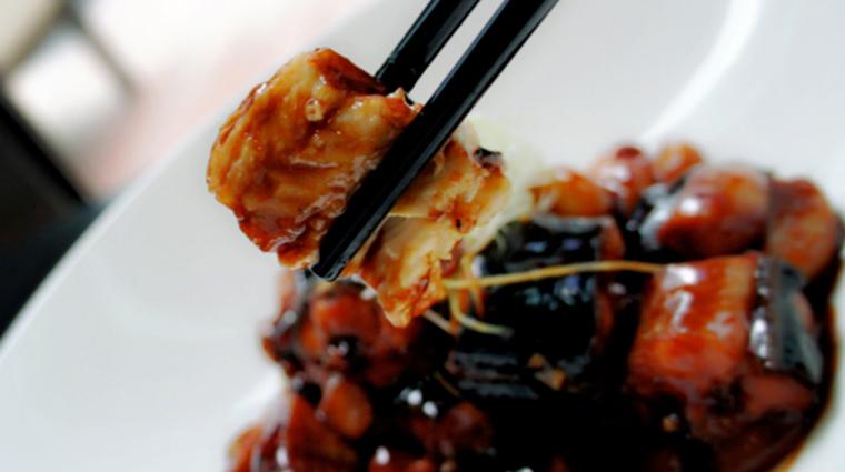 Property YongYiTing Restaurant Dining BraisedRiverEel MandarinOrientalHotelGroup