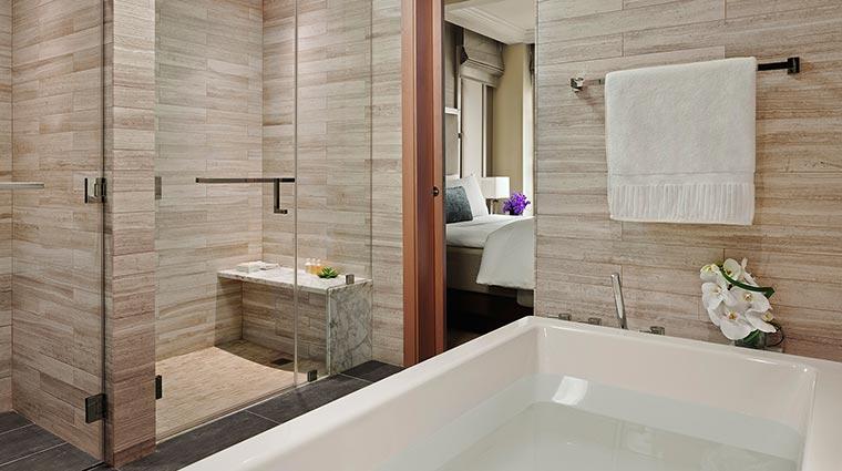 Property theQuin 3 Hotel GuestroomSuites PremierSuiteBathroom CredittheQuin