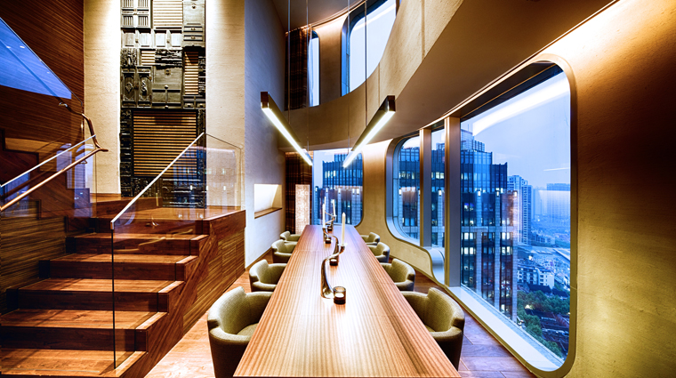 PropertyImage AndazShanghai 2 Hotel GuestroomSuite ExtraLargeSuite DiningRoom CreditHyattCorporation