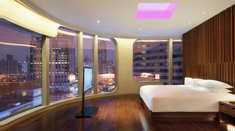 PropertyImage AndazShanghai 3 Hotel GuestroomSuite ExtraLargeGuestroom CreditHyattCorporation