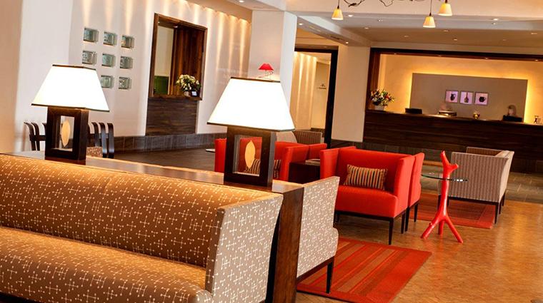 PropertyImage AubergeSaintAntoine 3 Hotel PublicSpaces Lobby2 CreditAubergeSaintAntoine