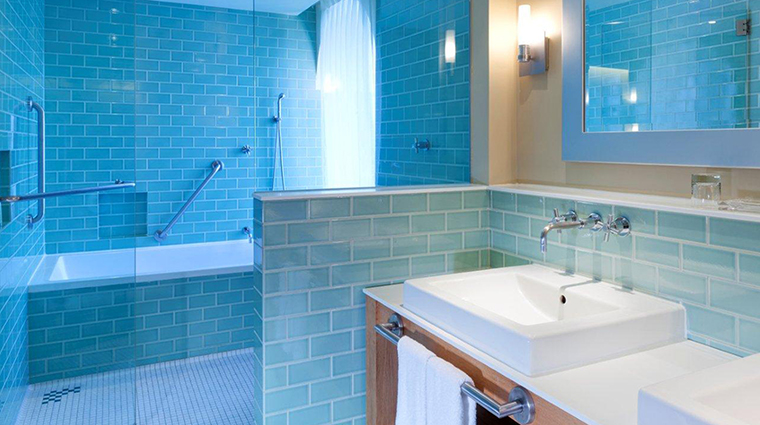 PropertyImage AubergeSaintAntoine 7 Hotel GuestroomSuites Bathroom CreditAubergeSaintAntoine