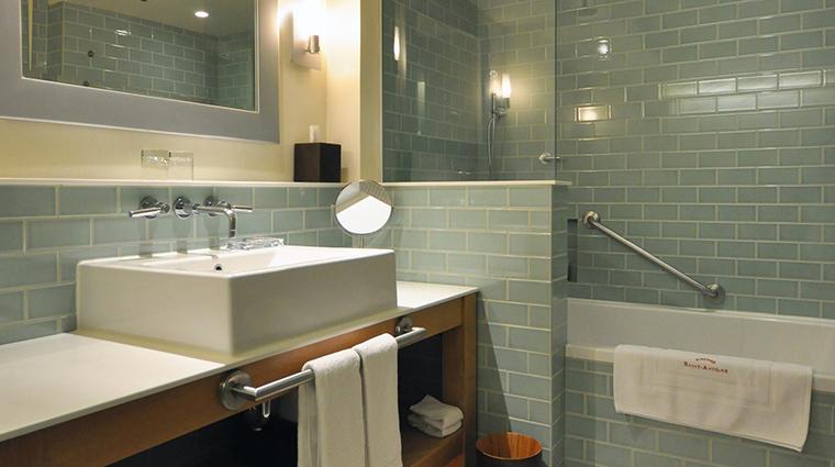PropertyImage AubergeSaintAntoine 8 Hotel GuestroomSuites Bathroom2 CreditAubergeSaintAntoine