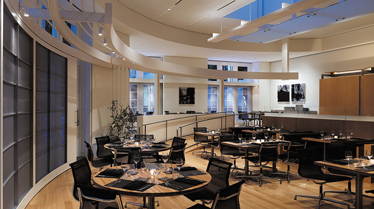 PropertyImage BeverlyWilshire 12 Hotel Restaurant Cut DiningRoom CreditFourSeasons