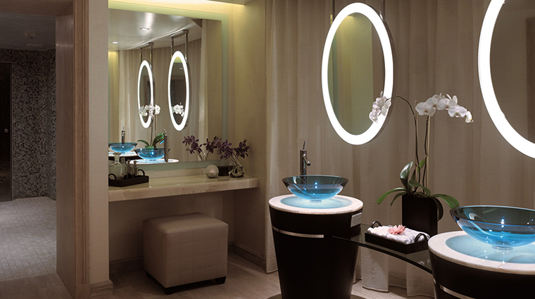 PropertyImage BeverlyWilshire 15 Hotel Spa LockerRoom CreditFourSeasons