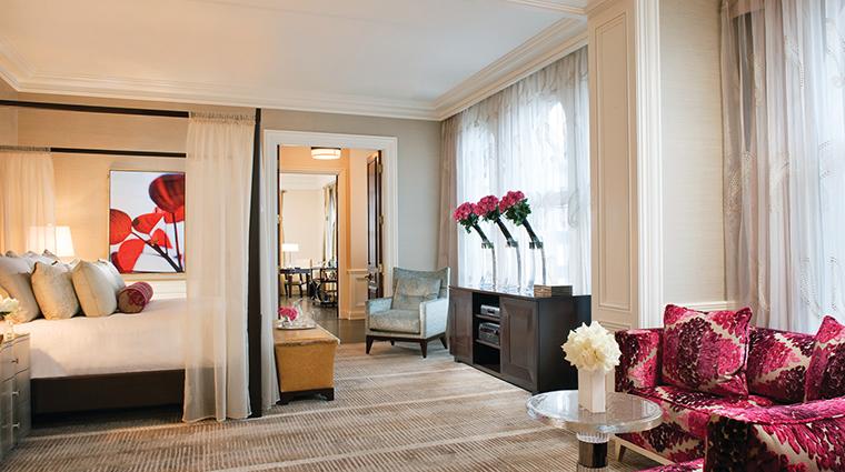 PropertyImage BeverlyWilshire 7 Hotel GuestroomsSuites PresidentialSuiteMasterBedroom CreditFourSeasons