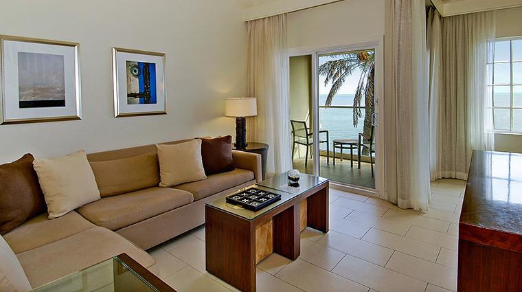 PropertyImage CasaMarinaResort 11 Hotel GuestroomSuites OceanVistaLivingRoom CreditCasaMarinaResort VFMLeonardoInc.