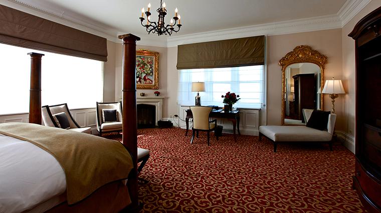 PropertyImage CastleHotel 10 Hotel GuestroomSuites CastleJuniorSuite2 CreditCastleHotelandSpa