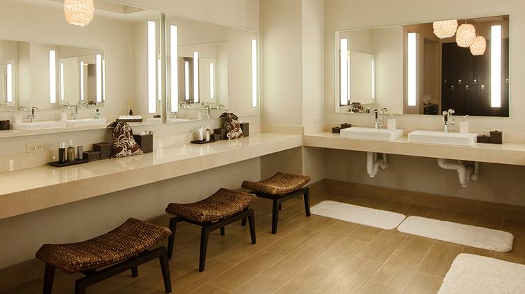 PropertyImage CastleHotel 20 Hotel Spa THANNSpa WomensVanity CreditCastleHotelandSpa