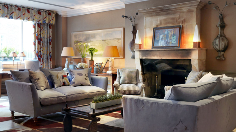PropertyImage CharlotteStreetHotel 4 Hotel PublicSpaces DrawingRoom CreditFirmdaleHotels