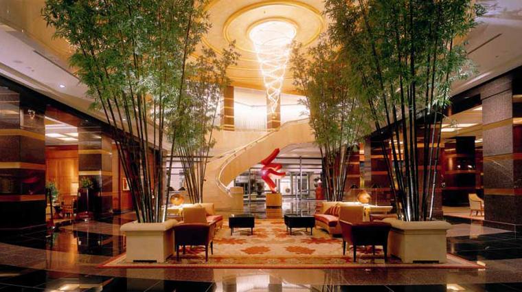 PropertyImage ConradCentennialSingapore 1 Hotel PublicSpaces Lobby CreditHiltonWorldwide