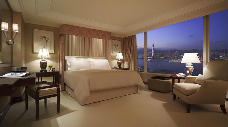 PropertyImage ConradHongKong Hotel GuestroomSuite ChairmanSuite Bedroom CreditHiltonWorldwide