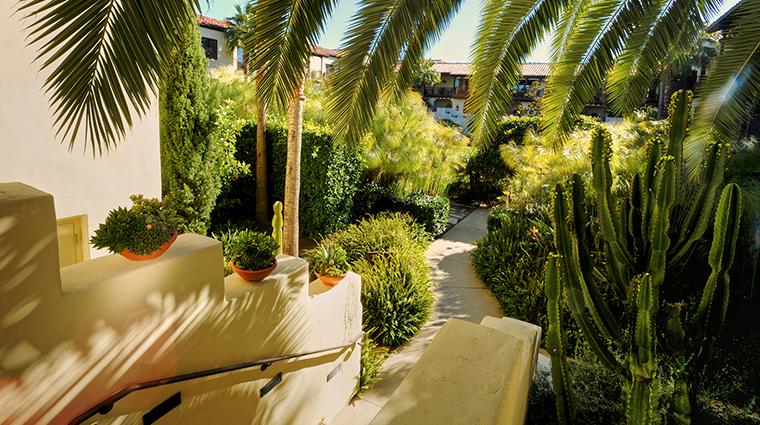 PropertyImage EstanciaLaJollaHotelandSpa 10 Hotel Exterior Grounds CreditEstanciaLaJollaHotelAndSpa