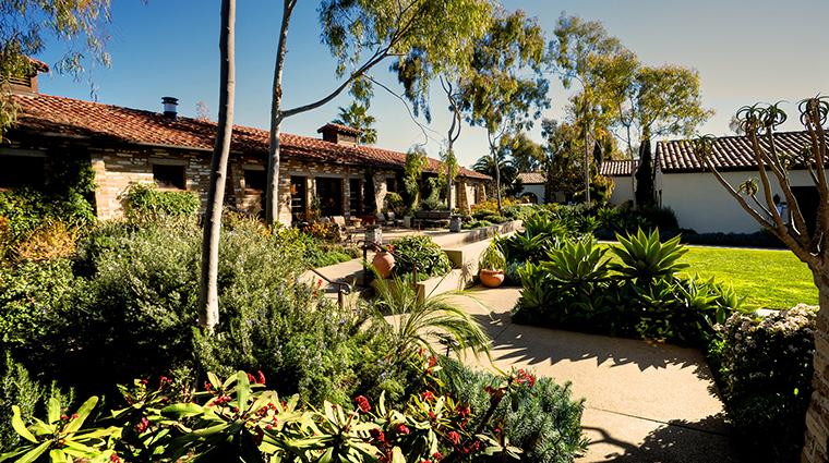 PropertyImage EstanciaLaJollaHotelandSpa 11 Hotel Exterior Grounds 2 CreditEstanciaLaJollaHotelAndSpa